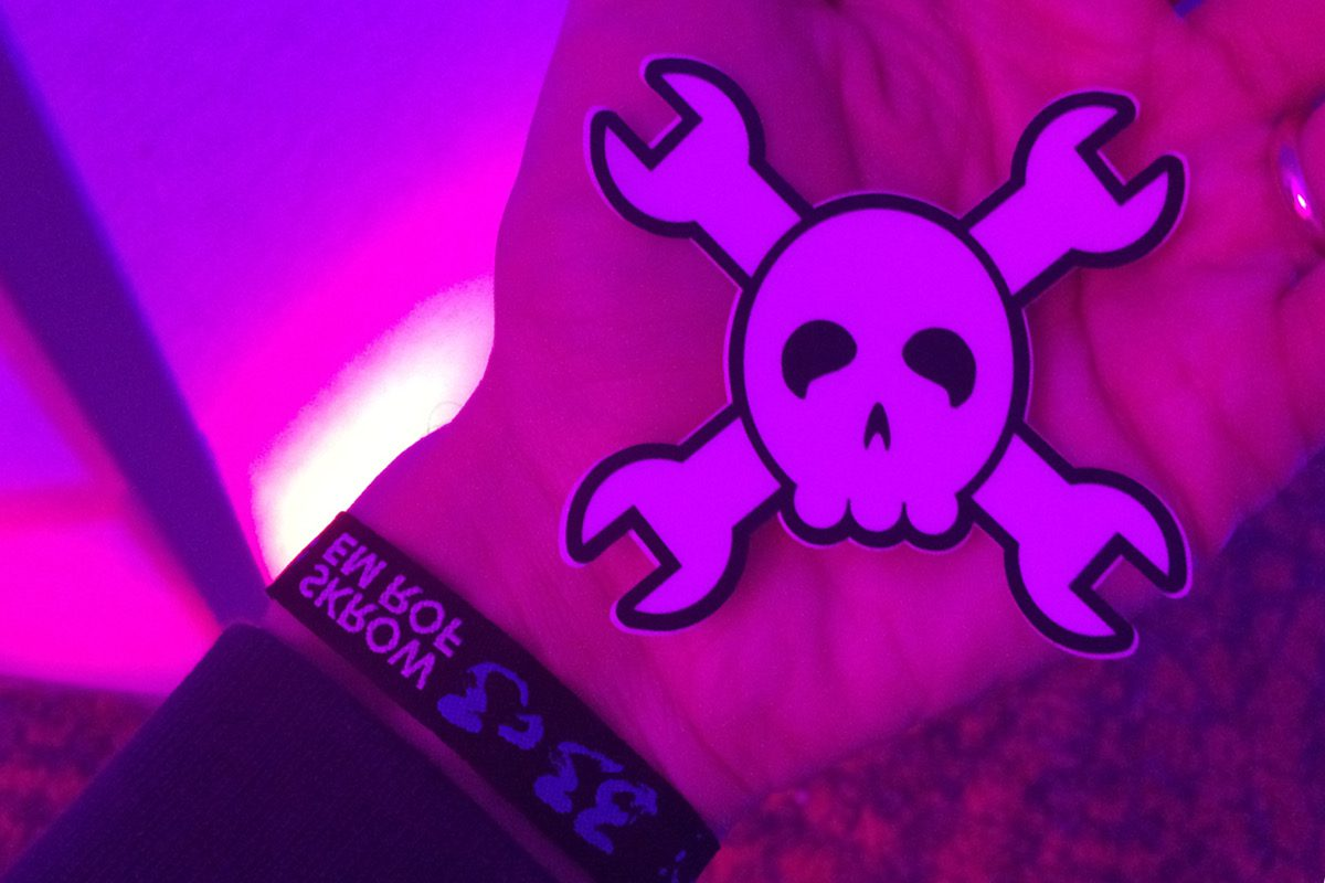 Works for me: Just met Elliot Williams from Hackaday at the 33C3
